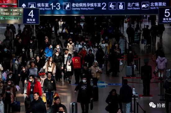 1月21日,北京西站,随着春节的临近,火车站内的返乡客流明显增多。新京报记者 李凯祥 摄
