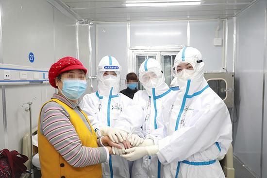 北大教授沈岿:大疫之下善待每一个人的基本权利图片