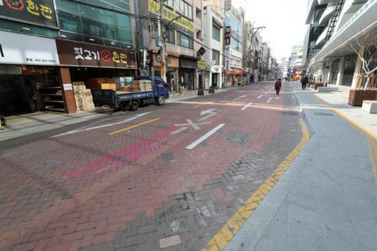 韩国大邱市街道冷冷清清(韩联社)