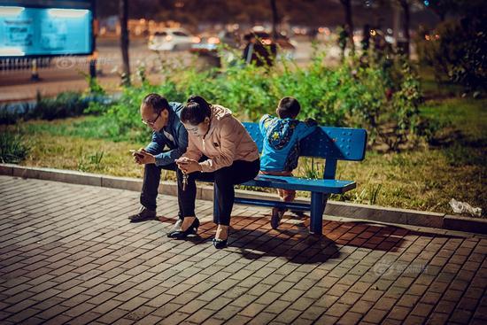 《一起孤独》摄影:@酒窝是天才
