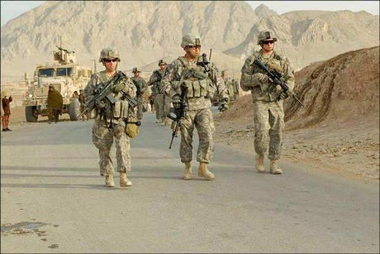 图为在阿富汗作战的美军