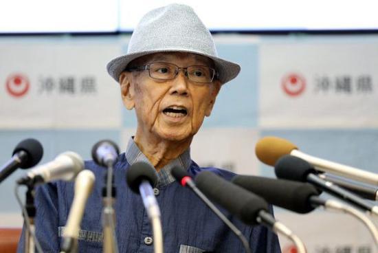 长年为冲绳自主奋斗的冲绳县知事翁长雄志,因胰脏癌紧急住院后,于8日傍晚在医院病逝,享年67岁。
