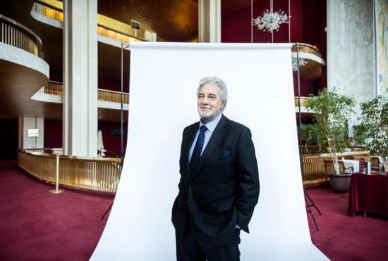 西班牙男高音歌唱家创下歌剧史新纪录:150个角色