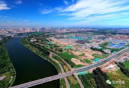 航拍北京城市副中心 饶强摄