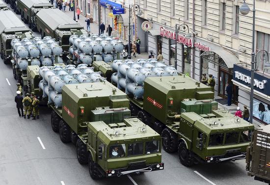 参加军事演习的俄罗斯车队(日本共同社)