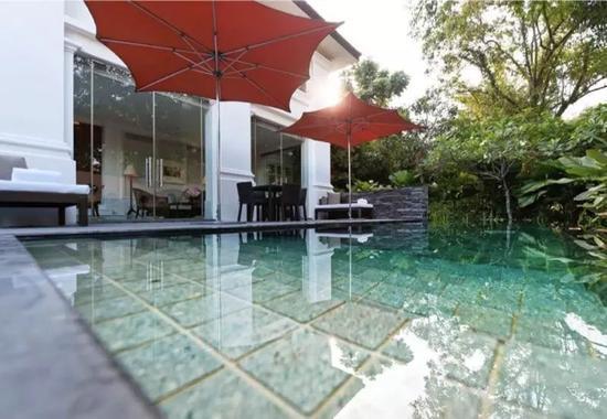 酒店内的私人游泳池。图片来源:酒店官网