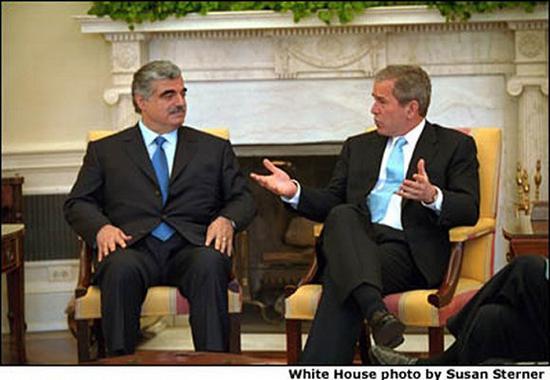 老哈里里与小布什。图片来源:白宫