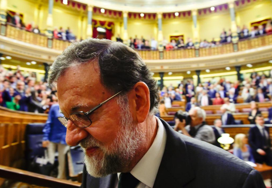 西班牙前首相拉霍伊 (图片来源:路透社)