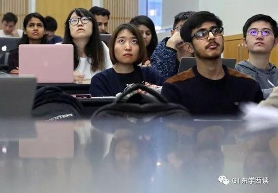 美国纽约大学Tandon工程学院的计算机课上,80%的学生不是美国人