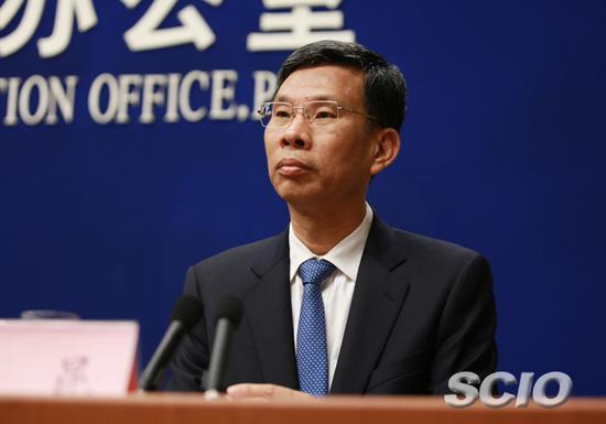 2016年6月,时任财政部副部长的刘昆,参加国新办举行的新闻发布会