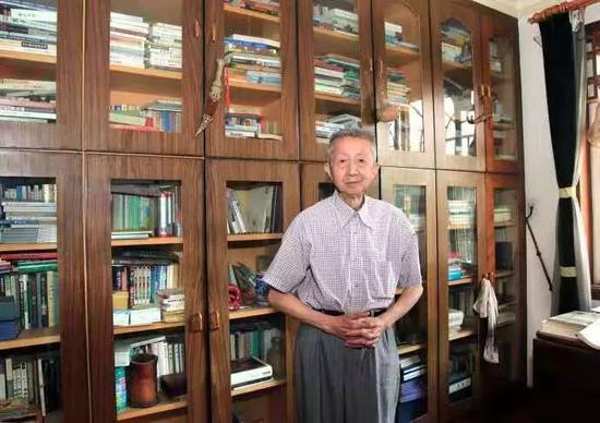陶都热线同城游-内部交易披露:西医服务高管净卖出1355.00股