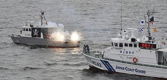 日本海上保安厅在羽田机场近海的东京湾举行了观阅式。东方IC 图