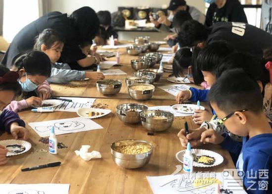 薪火相传 从忻出发—山西忻州:五谷杂粮展魅力 粮食作画绘童心图片
