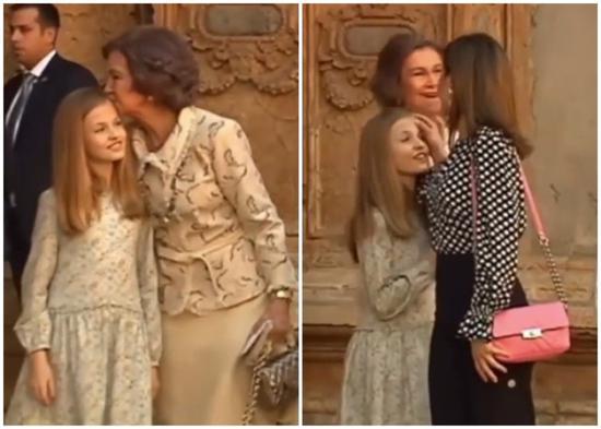 索菲亚吻莱昂诺尔额头后,莱蒂齐亚即出手抹女儿额头。(视频截图)