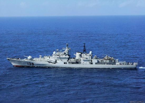 """资料图:""""宁波号""""驱逐舰"""