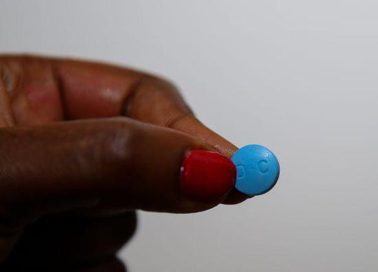 """目前在非洲广泛使用的青蒿素复方药物——由中国生产的""""科泰复""""(新华社)"""