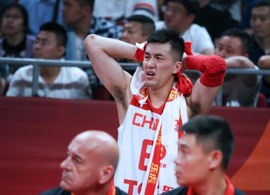 中国男篮球员郭艾伦面临得胜情感降低。新华社记者兰白光摄