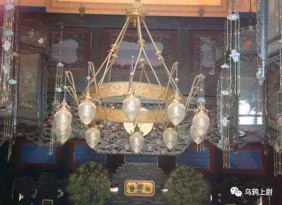 故宫乐寿堂的电灯