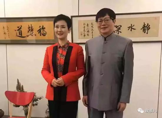 圖爲李小琳(左)和書法家佛濤(右)