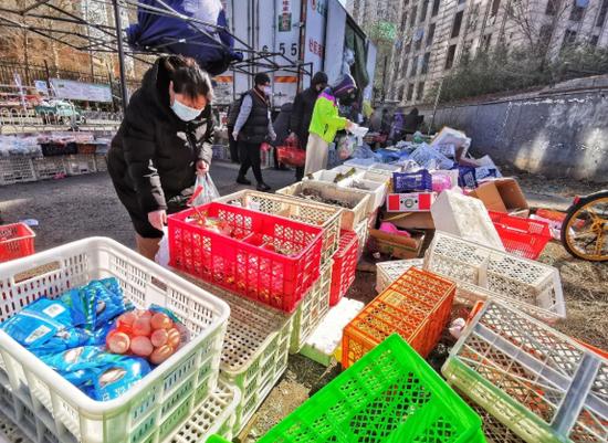 新发地疫情后多地菜篮子新策:菜场、生鲜电商或其他选择?图片
