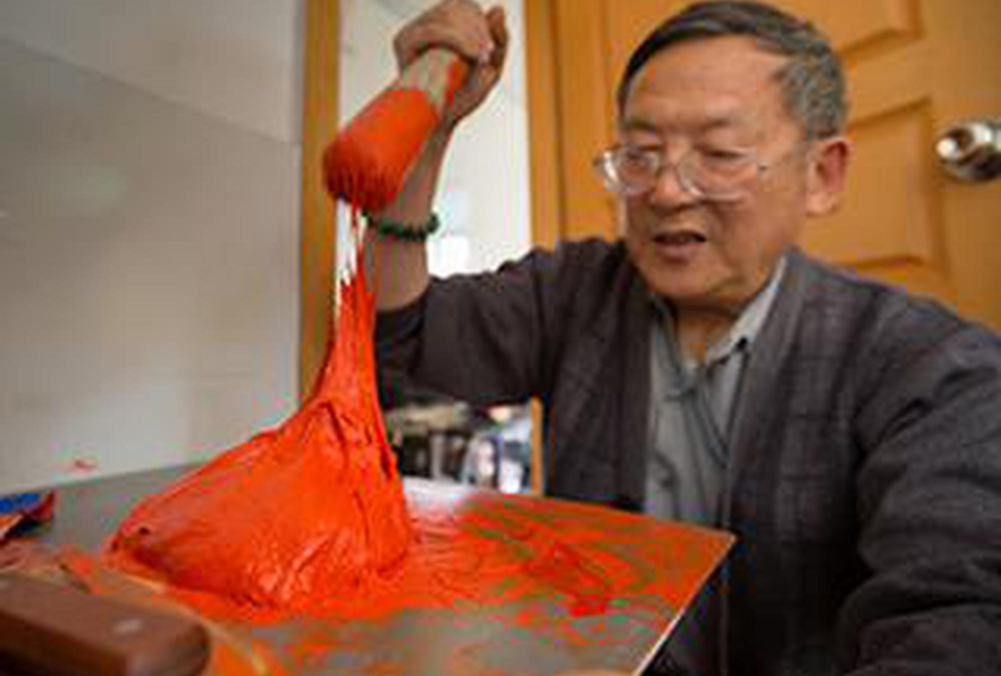 国画颜料调色匠:用一生守护中国色彩