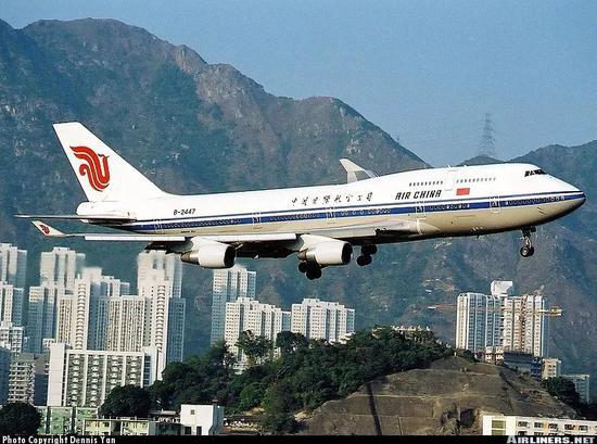 从平壤飞往新加坡的中国专机 里面竟然是这样