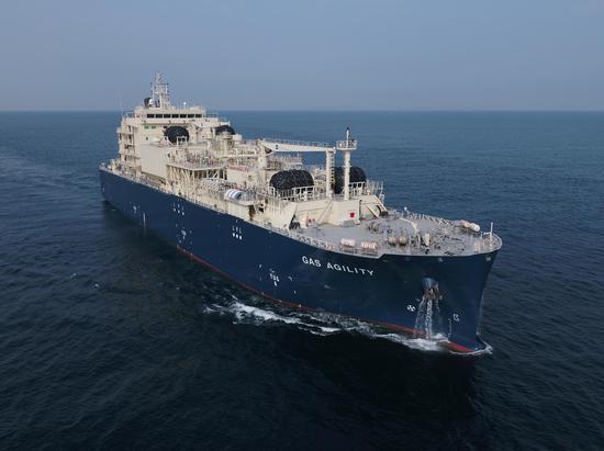 填补国内LNG加注船设计建造空白!这艘船斩获工博会大奖图片