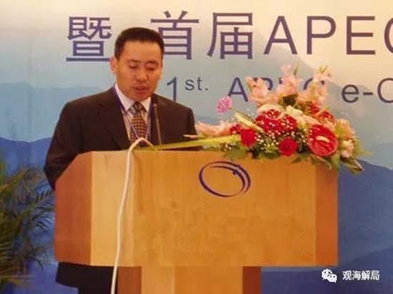 """王洪光 资料图 本文图片均来自""""观海解局""""微信公众号"""