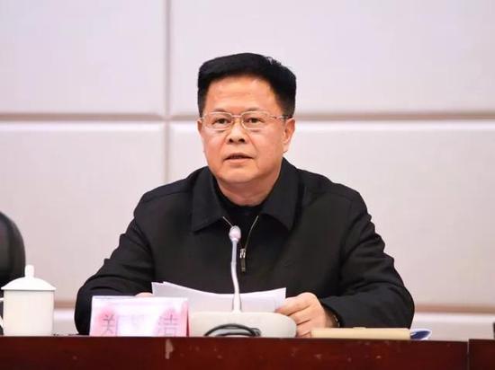 吉林省委书记8年后重返主政城市法西斯下的钢琴曲