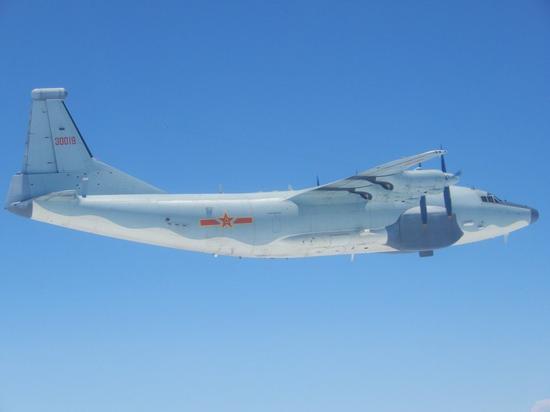 图为台防务部门发布的运-8电战机