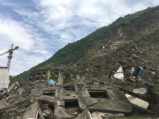 北川县老县城景家山废墟。澎湃新闻记者 王万春 摄