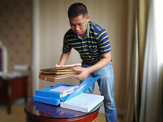 广西教授因妻赌球被负债六百万 辞去副院长职务应诉