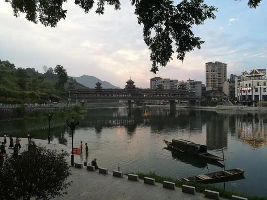 绥宁县城(黄子懿 摄)