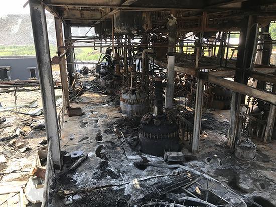 四川爆燃事故19名遇难者有8女 有人来此出差遇难