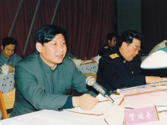 1989年2月16日,出席宁德区域林业事情集会