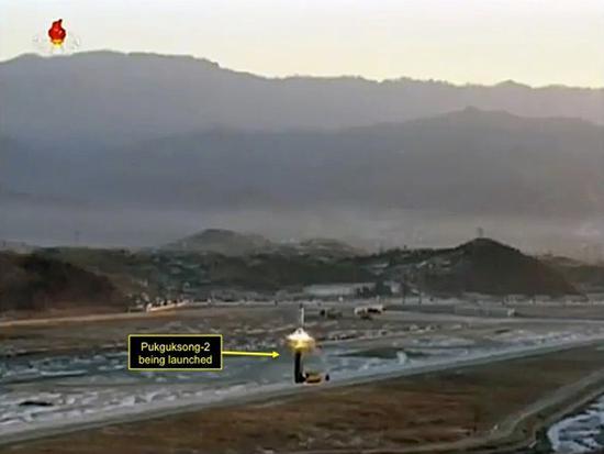 """""""北极星-2""""导弹在试验场发射画面"""