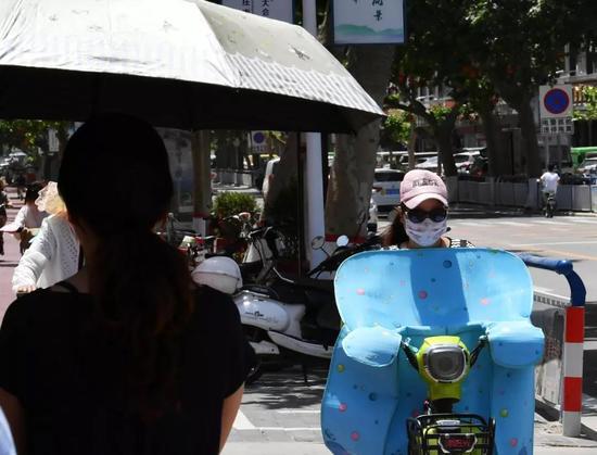 △河北多地出现高温天气/视觉中国