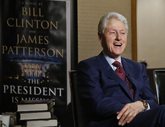 克林顿接受NBC采访,推销自己的第一本小说 图自NBC