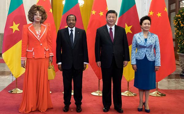 习近平举行仪式欢迎喀麦隆总统访华