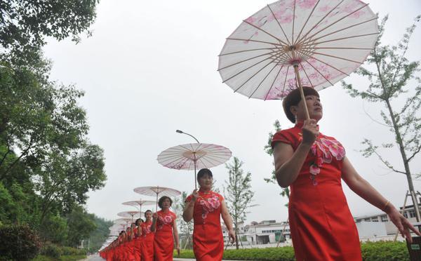 杭州:初夏旗袍秀美韵