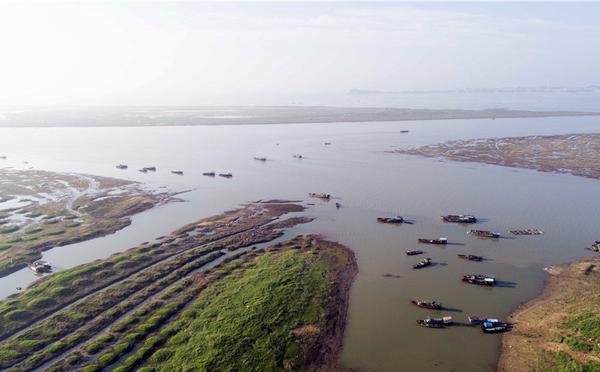 中国最大淡水湖鄱阳湖提前进入枯水期
