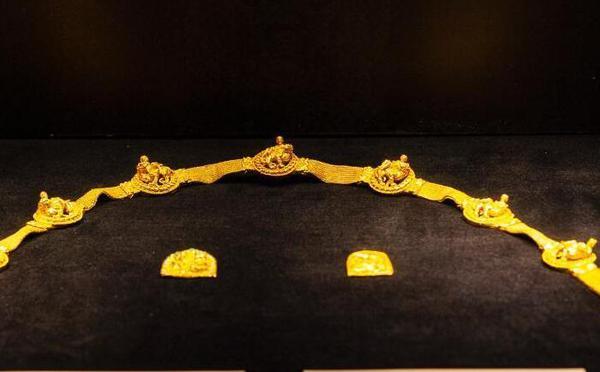 阿富汗国宝在清华大学展出