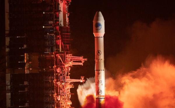 中国成功发射北斗三号系统同步轨道卫星