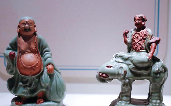 """龙泉""""青瓷与全球化""""展在故宫博物院开幕"""