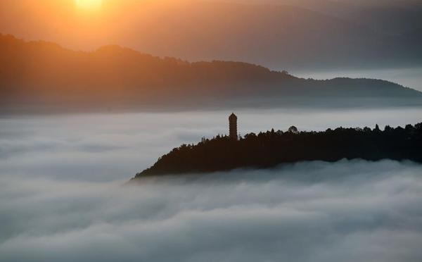 云南宁洱:壮美的冬季云海