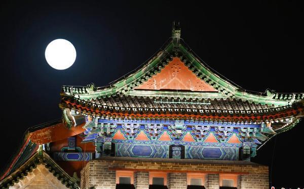 """""""超级月亮""""北京登场"""