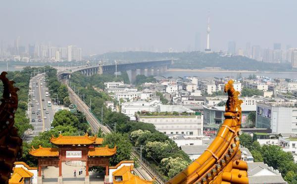 武汉黄鹤楼景区恢复常态开放