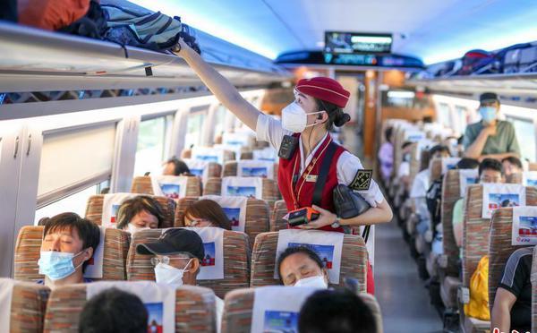 京张高铁客流逐渐增多