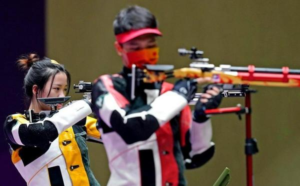 杨倩/杨皓然夺奥运10米气步枪混团冠军