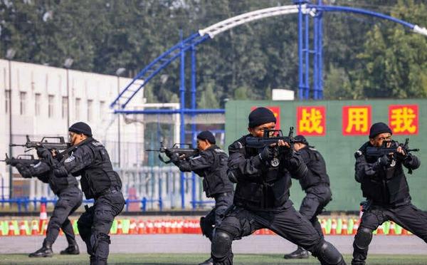 北京公安开放日:与反恐特警零距离
